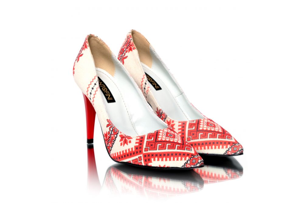 Pantofi lucrati manual din material textil cu imprimeu Pantofini Traditions